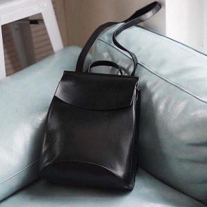 Женский черный рюкзак из натуральной кожи R0311
