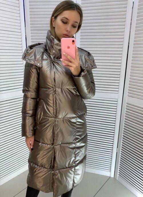 Женская зимняя длинная куртка с капюшоном Мелиса золотого цвета