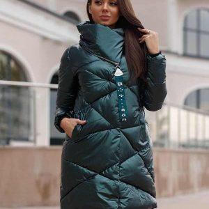Женская зимняя куртка изумрудная