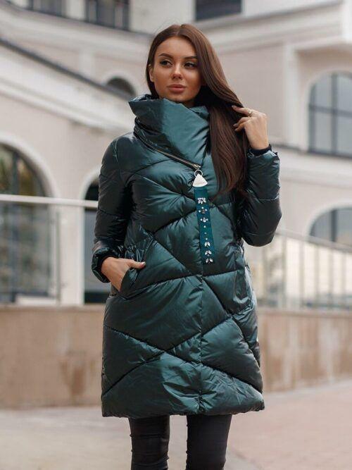 Зимняя куртка женская изумрудная