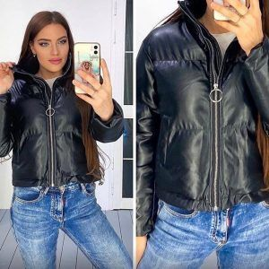 Женская кожаная куртка черная дутая
