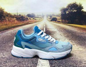 Кроссовки Adidas Falcon голубые