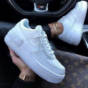 Белые кеды Nike Air Force Shadow White женские