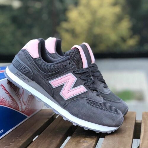 Женские кроссовки New Balance 574 серые c розовым