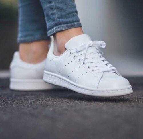 Белые низкие кроссовки Адидас Стен Смит белые