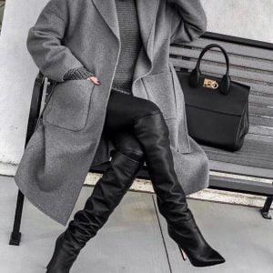 Женское пальто осеннее свободного кроя с поясом