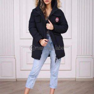 Женская зимняя куртка Canada Goose