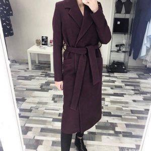 Пальто женское темно-коричневое с поясом