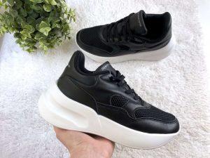 Женские черно-белые кроссовки на платформе Sanita