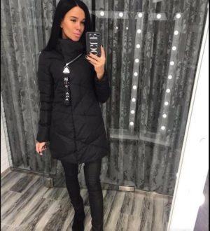 Куртка женская черная с украшением на замочке