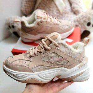 Кроссовки женские зимние Nike M2K Tekno персиковые