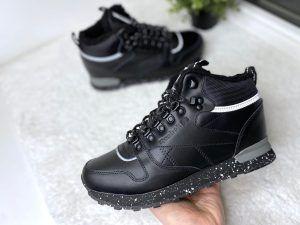 Зимние мужские кроссовки Reebok Classic черные