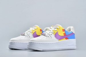 Кроссовки Nike Air Force Sage low lx white yellow Мультик