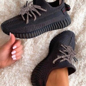 Кроссовки Adidas Yeezy Boost 350 Black рефлектив