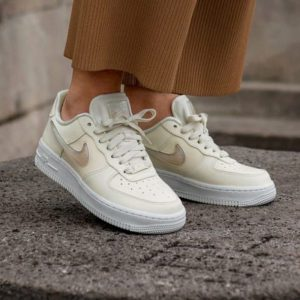 Кроссовки Nike Air Force 1 Jelli Puff