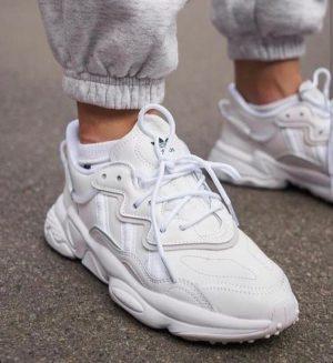 Кроссовки Adidas Ozweego белые