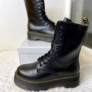 Ботинки на толстой подошве в стиле Мартинс
