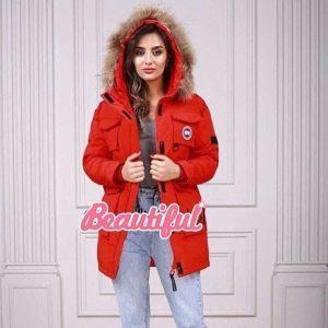 Женская зимняя куртка Canada Goose красная