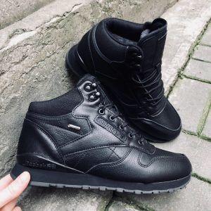 Зимние мужские кроссовки Reebok черные высокие