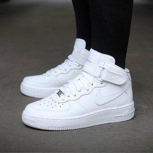 Белые кеды Nike Air Force White женские высокие зимние