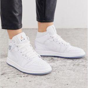 Кроссовки Nike Air Jordan женские