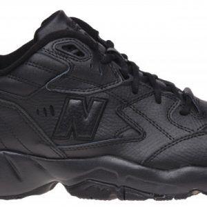 Кроссовки Нью Баланс 608 черные кожаные